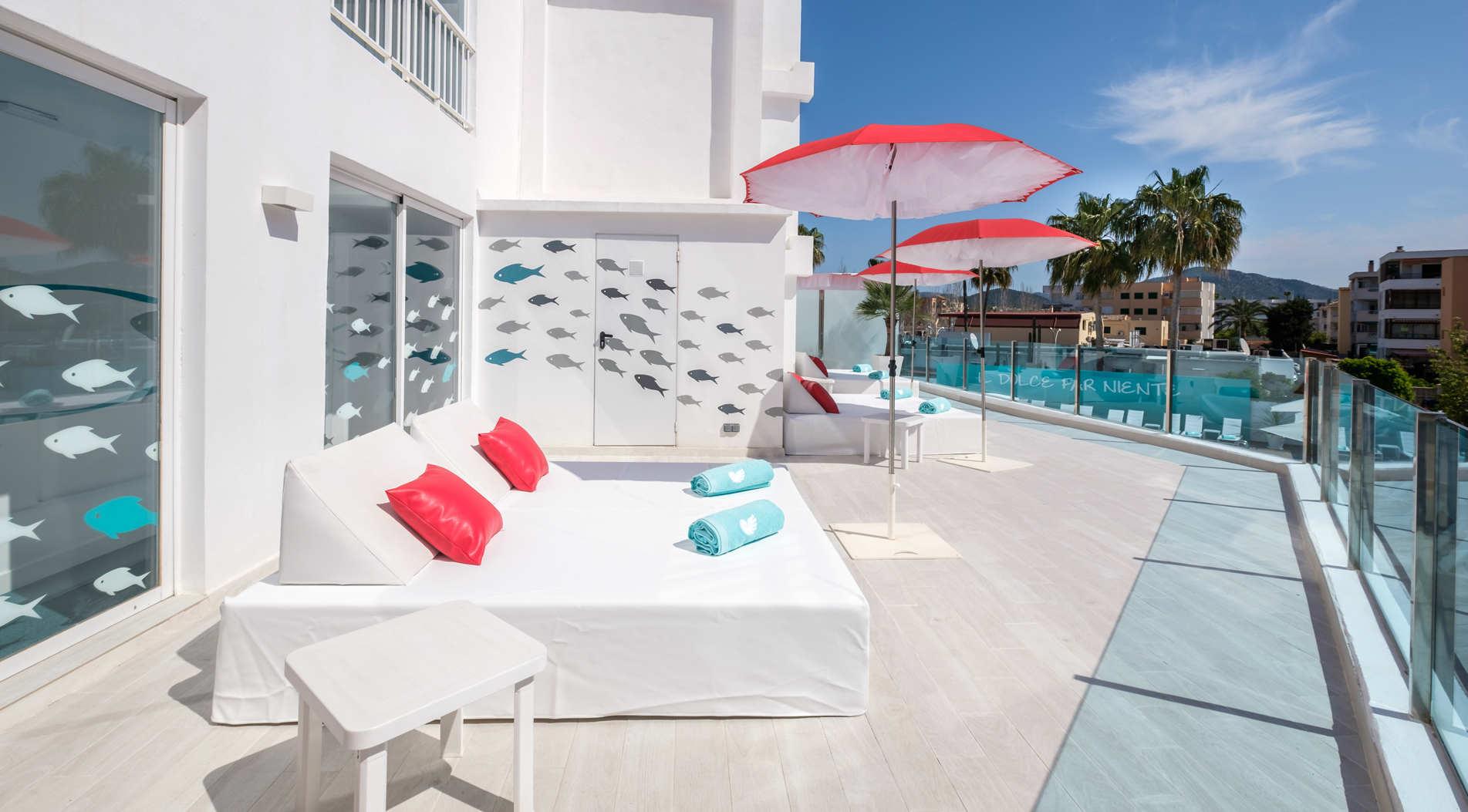 Hoteles en santa ponsa mallorca plaza santa ponsa for Design boutique hotels mallorca